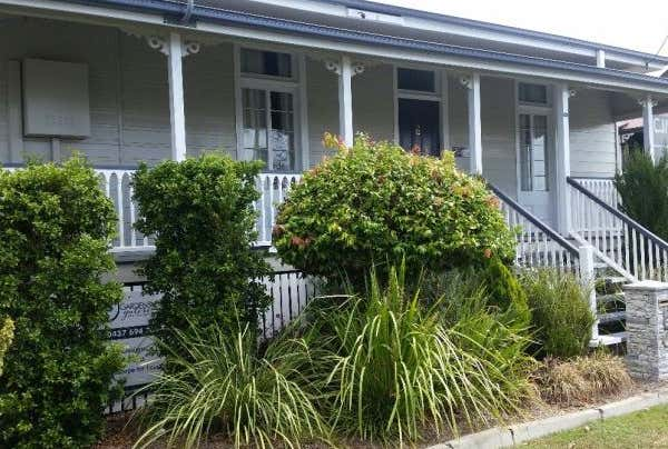6 Gray Street Ipswich QLD 4305 - Image 1