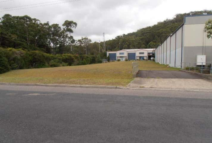 12 Dell Road, West Gosford, NSW 2250