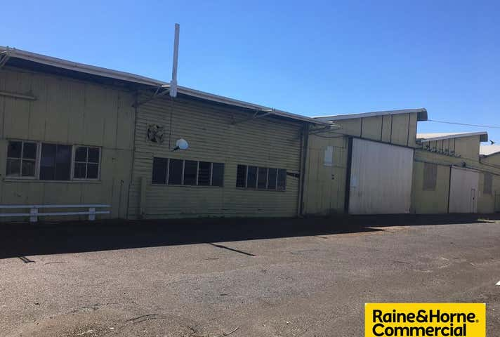 2/2 Napier Street Dalby QLD 4405 - Image 1