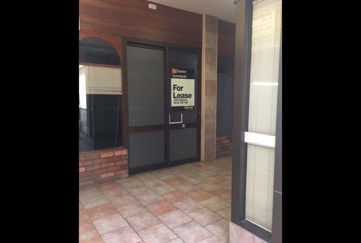 Suite 4, 28 Bell Street Toowoomba City QLD 4350 - Image 1