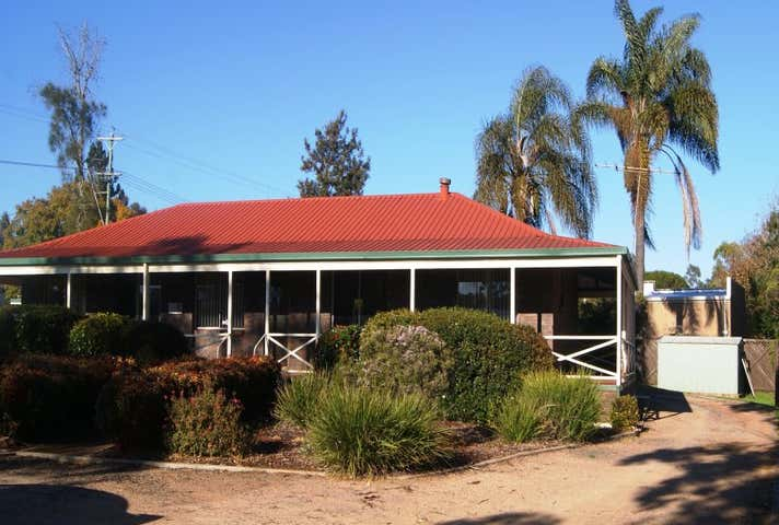 Suite 1 , 1 Highfields Road Highfields QLD 4352 - Image 1