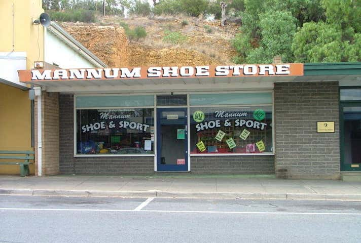 Mannum Shoe & Sport Store, 71 Randell Street Mannum SA 5238 - Image 1