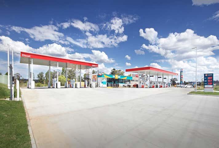 10810 Warrego Highway Charlton QLD 4350 - Image 1