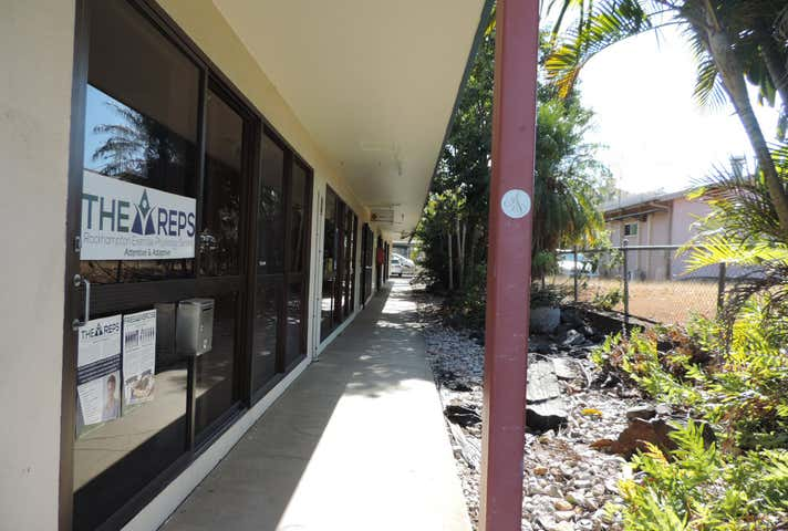 Shop 5, 99 Musgrave Street Berserker QLD 4701 - Image 1