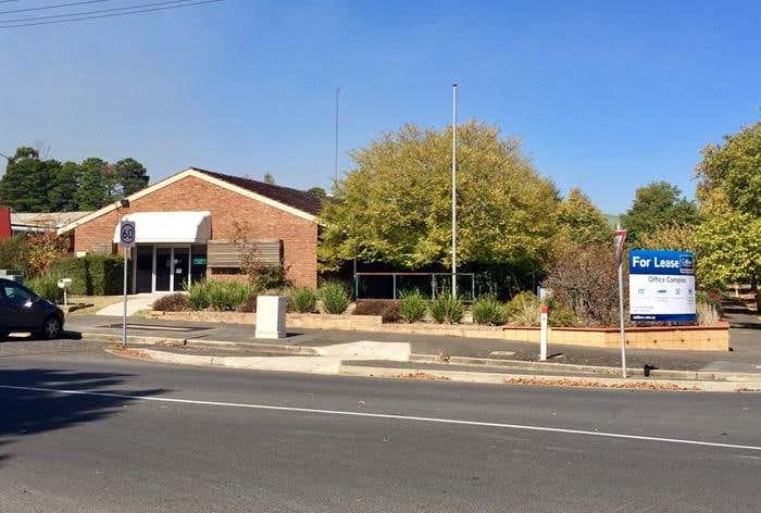 Offices/102 Charlesworth Street Ballarat East VIC 3350 - Image 1