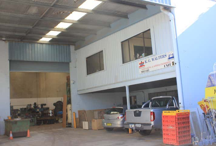 Unit 5, 6 York Road, Ingleburn, NSW 2565