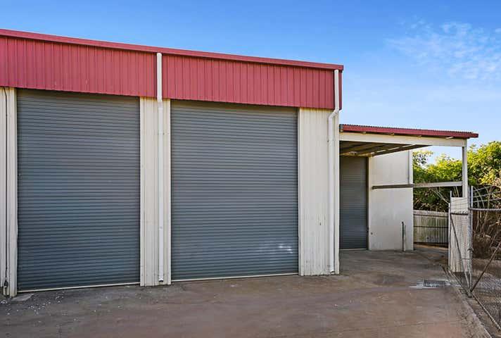 1/12 Brook Street North Toowoomba QLD 4350 - Image 1