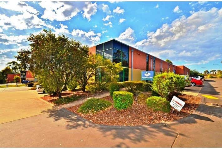 Unit 14/489 South Street Harristown QLD 4350 - Image 1
