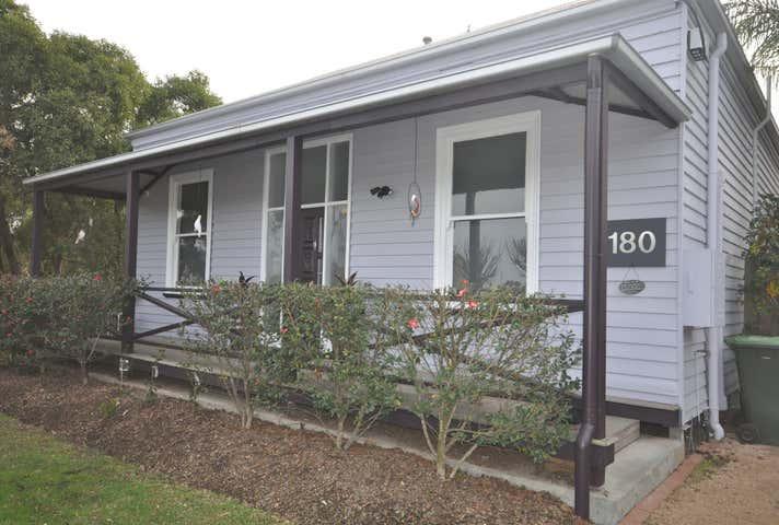 Suite 5, 180 Macleod Street Bairnsdale VIC 3875 - Image 1