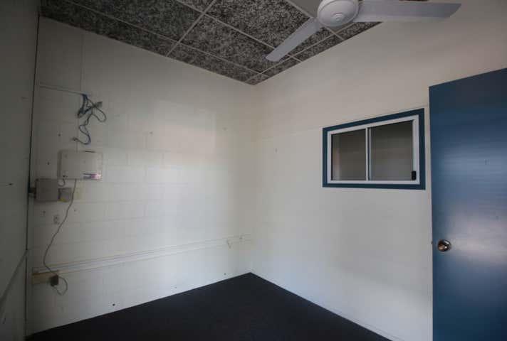 4/245 Bourbong Bundaberg Central QLD 4670 - Image 1