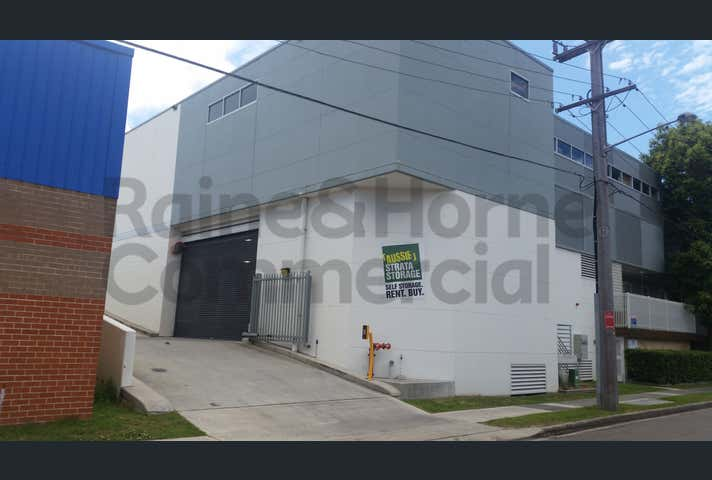 21/4-8 Waine Street Freshwater NSW 2096 - Image 1