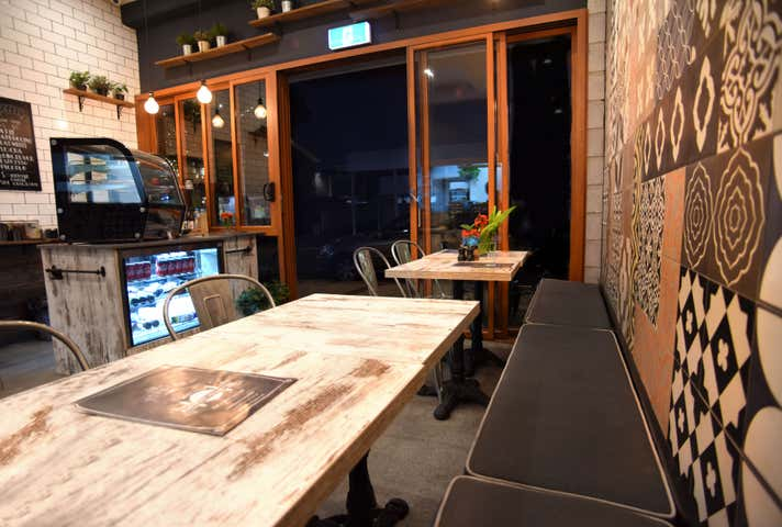 FOOD  CAFE BUSINESS AT RACECOURSE ROAD HAMILTON , 6/33 Racecourse Road Hamilton QLD 4007 - Image 1