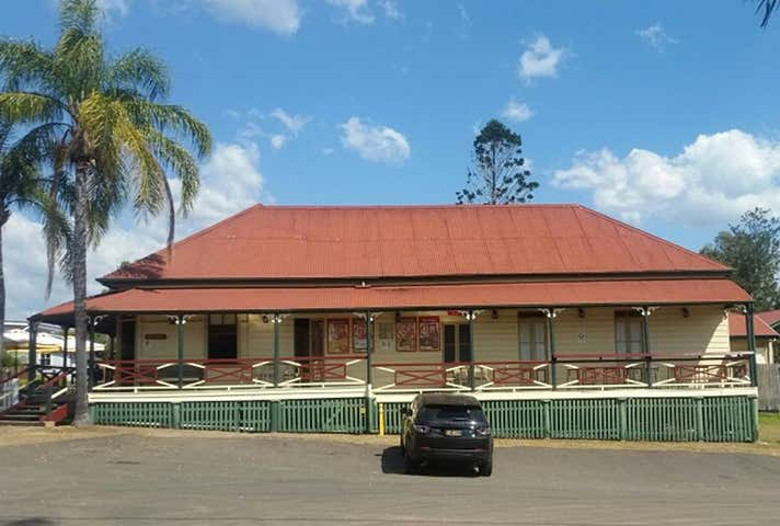 The Hidewaway Station Hotel , 4-6 Walter Street Tiaro QLD 4650 - Image 1