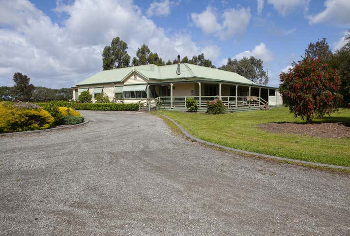 40 Soldiers road Pakenham South VIC 3810 - Image 1