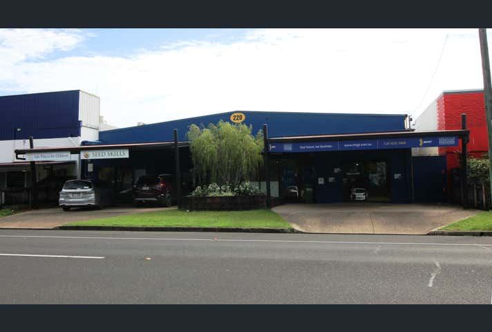 1/220 Severin Street Parramatta Park QLD 4870 - Image 1