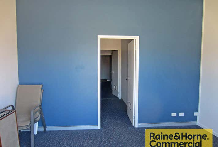 4/295 Oxley Ave Margate QLD 4019 - Image 1