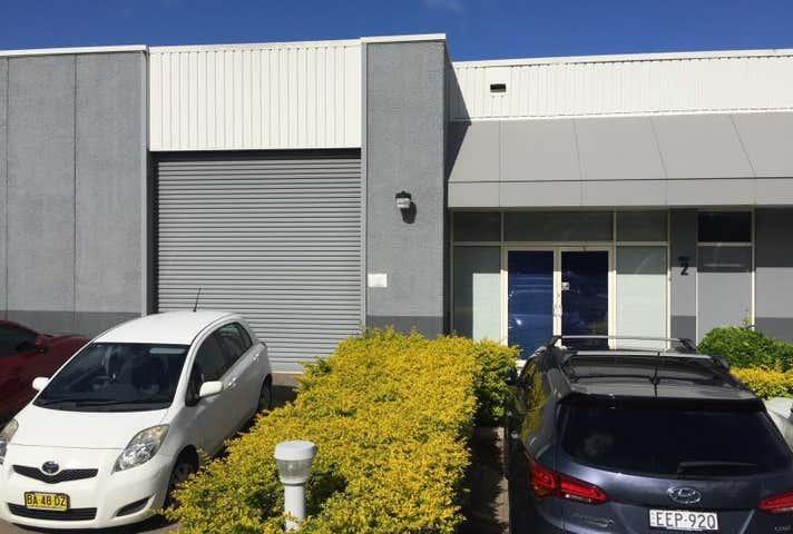 Unit 2, 33 Newton Street New Lambton NSW 2305 - Image 1