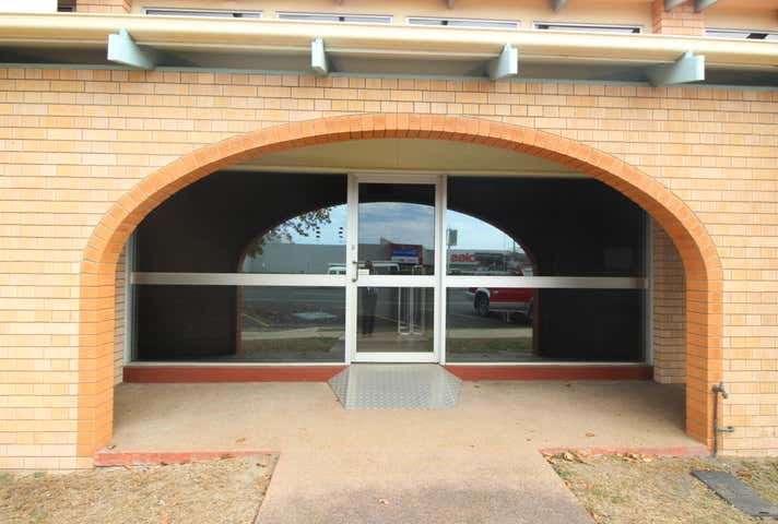 2/31 Maryborough Bundaberg Central QLD 4670 - Image 1