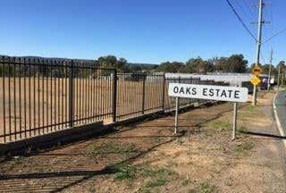 44 Railway Street Oaks Estate ACT 2620 - Image 1