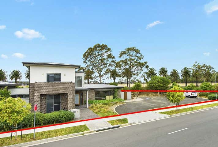 16 Rowe Drive Potts Hill NSW 2143 - Image 1