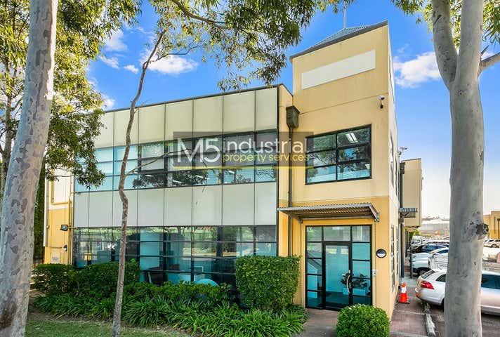 33/105A Vanessa Street Kingsgrove NSW 2208 - Image 1