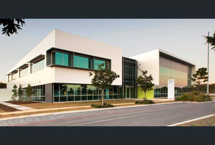 2.9, 371 MacArthur Avenue, Hamilton, 2.9, 371 MacArthur Avenue Hamilton QLD 4007 - Image 1