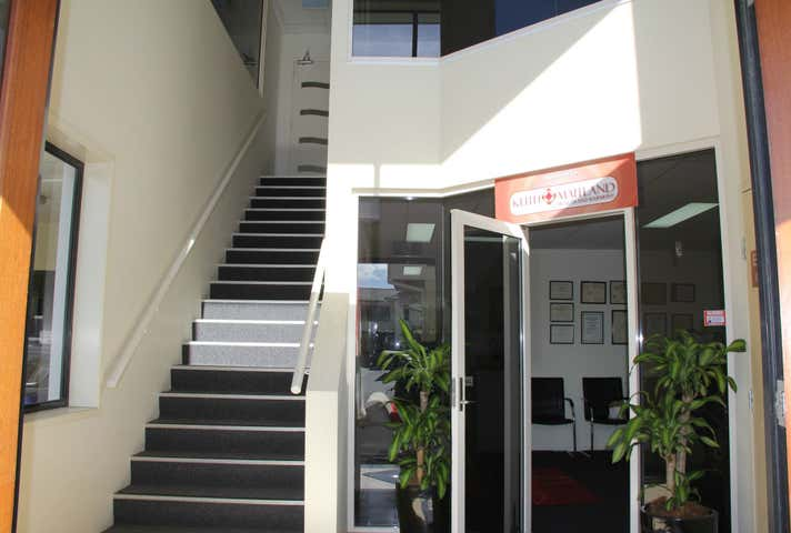 6a/5 Executive Drive Burleigh Waters QLD 4220 - Image 1