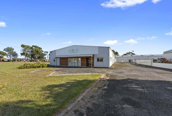 Whole Building, 8 Fieldings Way Ulverstone TAS 7315 - Image 1