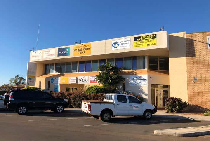 6(8A)/20 Hedland Place Karratha WA 6714 - Image 1