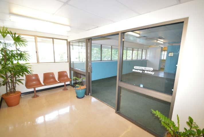 2A/5 Upward Street Cairns North QLD 4870 - Image 1