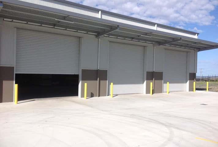 Unit 2, 803 Greenwattle Street Glenvale QLD 4350 - Image 1