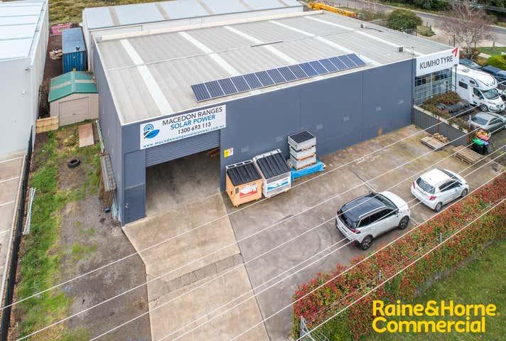 2/44 Barry Street New Gisborne VIC 3438 - Image 1