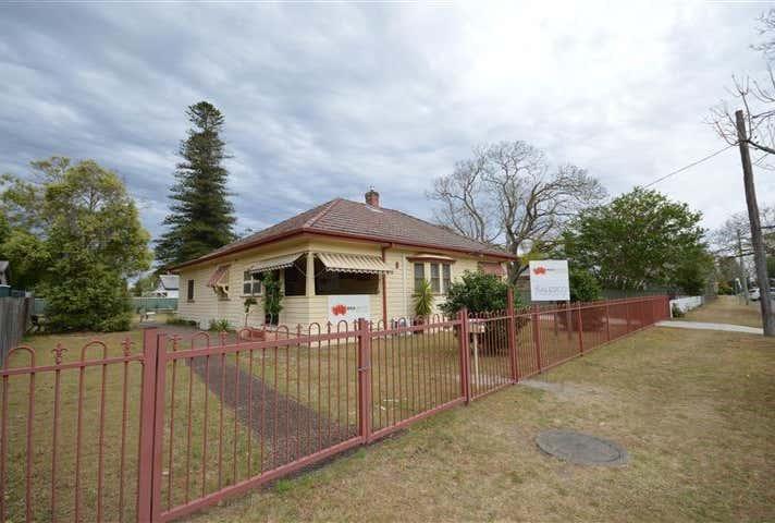 8 Glenelg Street Raymond Terrace NSW 2324 - Image 1