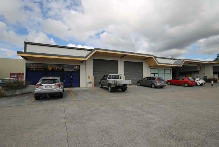 3 & 4/71 Redland Bay Road, Capalaba, Qld 4157