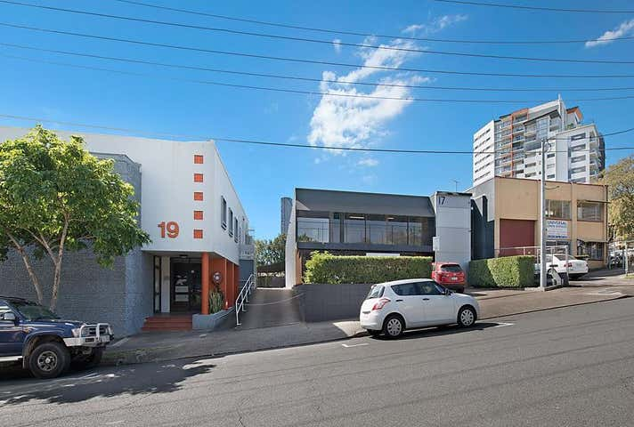17 Brereton Street South Brisbane QLD 4101 - Image 1