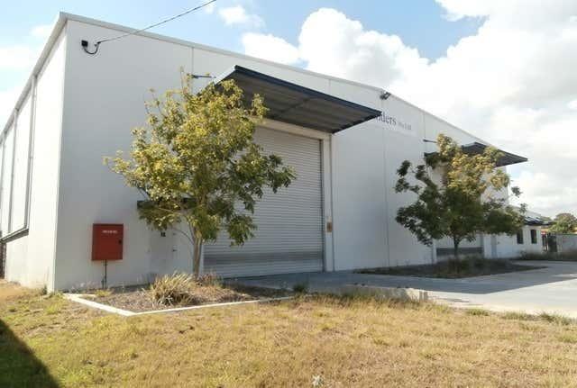 19 GANLEY STREET South Gladstone QLD 4680 - Image 1
