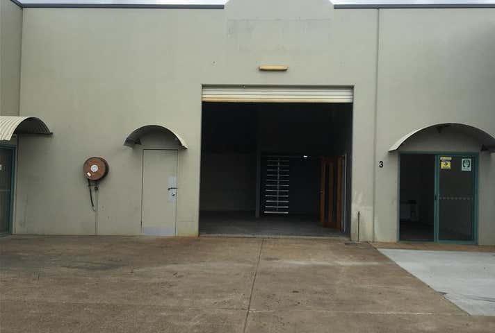 3/6 Hitech   Drive Kunda Park QLD 4556 - Image 1