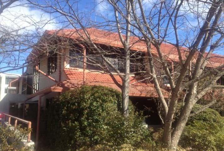 George Turner Offices, 11 McKay Gardens Turner ACT 2612 - Image 1