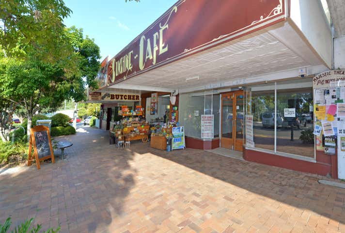 6 Memorial Avenue Pomona QLD 4568 - Image 1