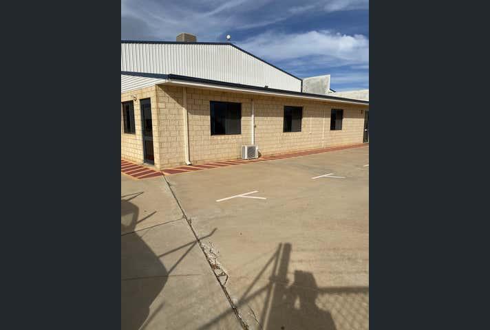 328 Place Road Wonthella WA 6530 - Image 1