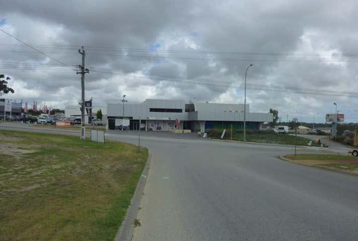 2 Prindiville Drive Wangara WA 6065 - Image 1