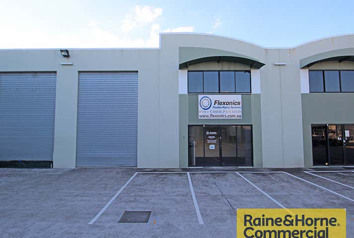 3/10 Fortune Street Geebung QLD 4034 - Image 1
