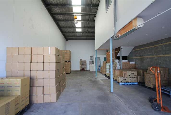 Unit 4/17-37 Lorraine Street Peakhurst NSW 2210 - Image 1