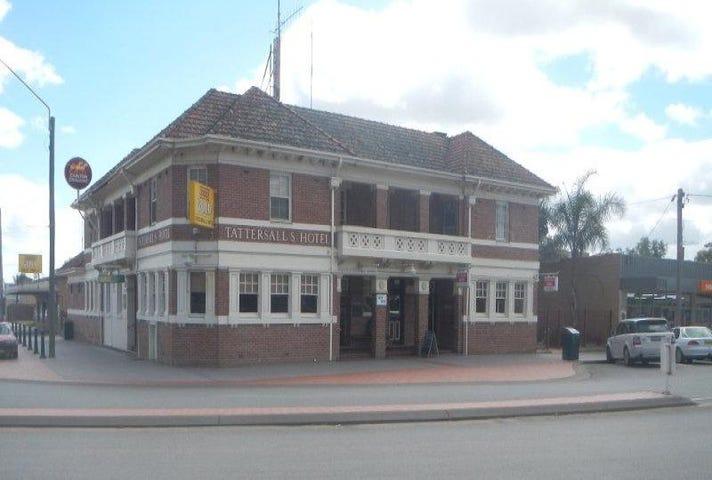 Tattersalls Hotel, 2-6 Deniliquin Street, Tocumwal, NSW 2714