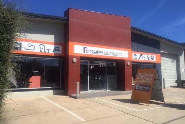 Whole Property, 19 Collie Street, Fyshwick, ACT 2609