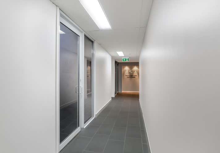 13/36 Finchley Street Milton QLD 4064 - Image 2