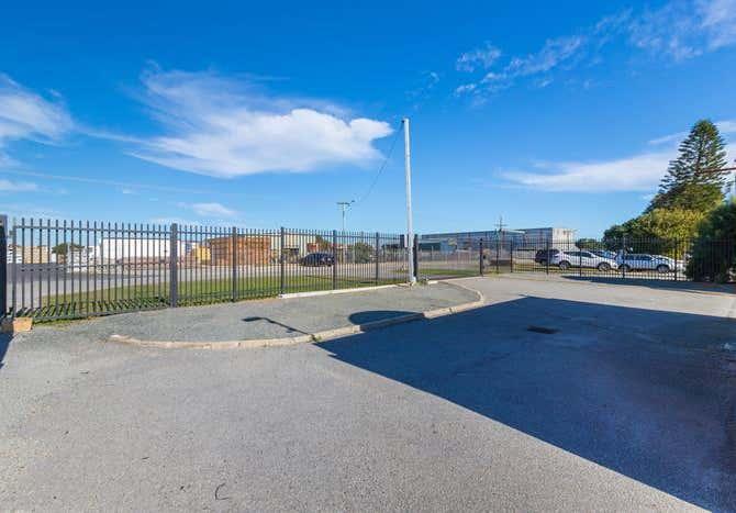 14 Hurrell Way Rockingham WA 6168 - Image 9