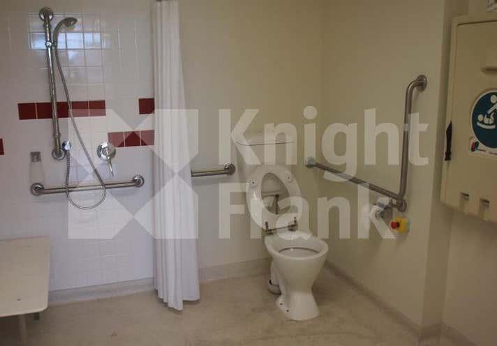 35 Fitzroy Street Rockhampton City QLD 4700 - Image 10