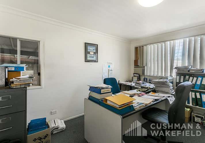 328 Brisbane Road Arundel QLD 4214 - Image 9