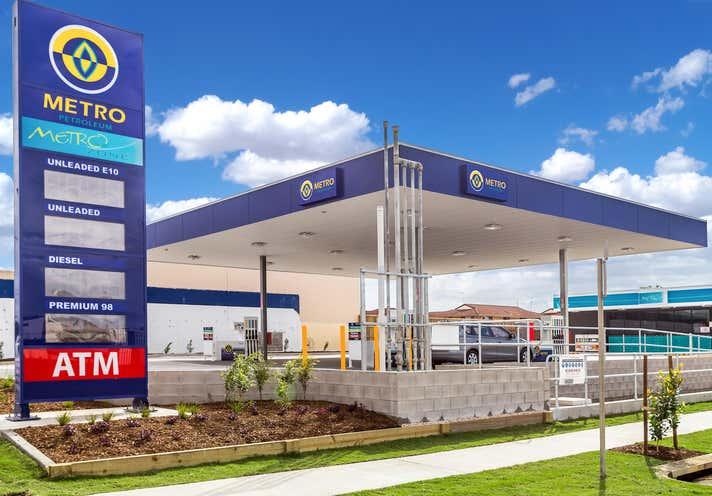 Metro Petroleum, 323 River Street (cnr Brunswick Street) Ballina NSW 2478 - Image 1
